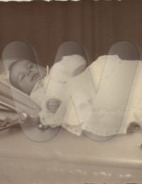 graf/herbert/herbert_als baby (2).jpg